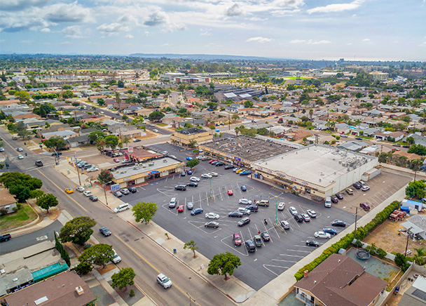 CBRE ANNOUNCES SALE OF NEIGHBORHOOD CENTER IN  CLAIREMONT CA, FOR $5.25 MILLION