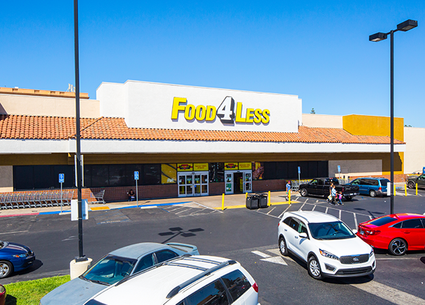 CBRE Facilitates $14.3 Million Loan for Acquisition of Grocery Anchored Shopping Center in Huntington Park, CA
