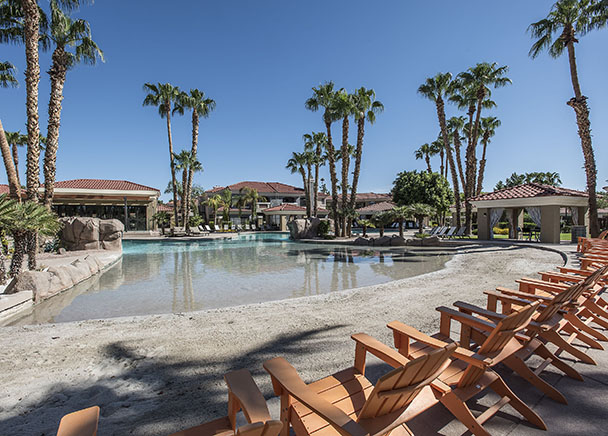 CBRE Arranges Sale of 488-Unit Luxury Apartment Complex in Ahwatukee Foothills
